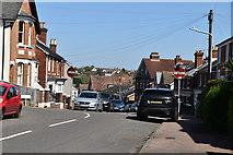 TQ5840 : Silverdale Rd by N Chadwick