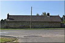 TQ5937 : Building on Benhall Mill Rd by N Chadwick