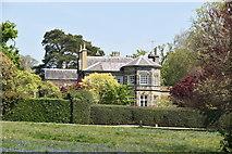 TQ5839 : 16, Calverley Park by N Chadwick