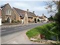 SP2801 : Main Street, Clanfield by Vieve Forward