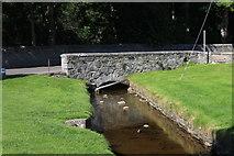 NN8765 : Mill Stream in Blair Atholl by Andrew Abbott