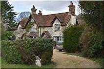 SU7431 : Stone Cottage by N Chadwick