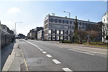 TQ5840 : St John's Rd by N Chadwick