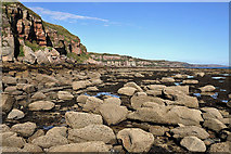 NT9955 : Low tide between Brotherston's Hole and Needles Eye by Walter Baxter