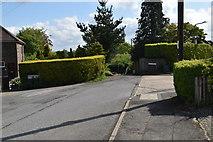 TQ5842 : The Ridgeway, Hill Crest junction by N Chadwick