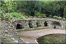 TQ5840 : Grottoes, Grosvenor Park by N Chadwick