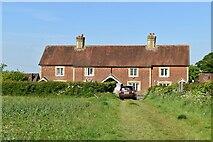TQ6245 : Crockenhurst Street Cottages by N Chadwick