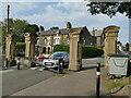 SE1731 : Entrance to Bowling Park by Stephen Craven