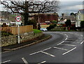 SS9379 : Weight limit sign, Hawthorn Drive, Coychurch by Jaggery