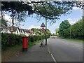 SP3065 : East on Myton Road, Warwick by Robin Stott