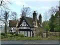 SE1347 : Ploverfield lodge, Ben Rhydding Drive by Stephen Craven