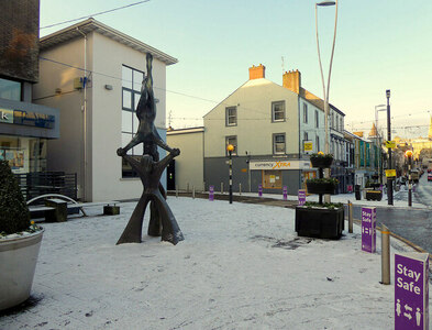 """H4572 : """"Balance"""" in the snow sculpture, Market Street, Omagh by Kenneth  Allen"""