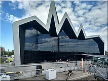 NS5565 : The remarkable glass wall of the Museum of Transport by David Medcalf
