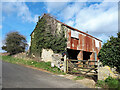 ST9095 : Barn, Warren Farm by Vieve Forward