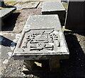 NJ9366 : Table tomb with memento mori symbols, Pitsligo old kirkyard by Bill Harrison