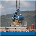 J3576 : Crane grab, Belfast by Rossographer