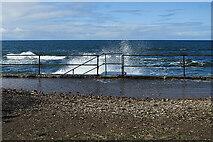 NJ4165 : High Tide by Anne Burgess
