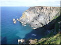SW6043 : Cliffs at Hudder Cove by David Medcalf