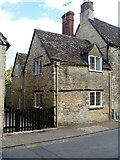 SP0202 : Cirencester houses [53] by Michael Dibb