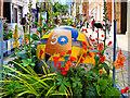 SJ8398 : Manchester Flower Show, King Street by David Dixon