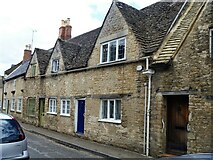 SP0102 : Cirencester houses [63] by Michael Dibb