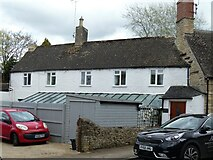 SP0102 : Cirencester houses [66] by Michael Dibb