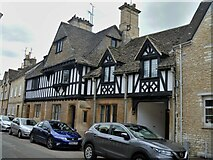SP0102 : Cirencester houses [70] by Michael Dibb