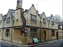 SP0202 : Cirencester houses [85] by Michael Dibb