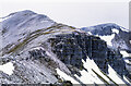 NN2472 : Rock buttresses along ridge of Stob Coire an Laoigh by Trevor Littlewood