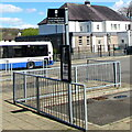 SN7810 : T6 bus stop sign at Bay 4 in Ystradgynlais Exchange by Jaggery