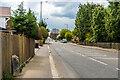 TQ2851 : London Road by Ian Capper