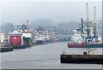 NJ9505 : Ships in Aberdeen Harbour by Mat Fascione