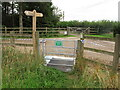 SU7595 : Gate, Chiltern Way at Studdridge Farm by David Hawgood