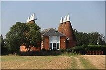 TQ6248 : Faulkners Oast, Tonbridge Road, Hadlow by Oast House Archive