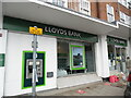 TQ0991 : Lloyds Bank, Northwood by David Hillas
