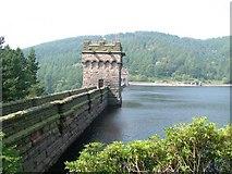SK1789 : Derwent Dam by Andy Malbon