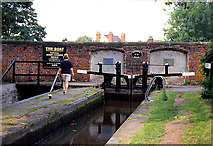 SJ9214 : Penkridge Lock and Bridge No 86 by Pam Brophy