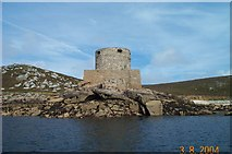 SV8815 : Cromwell's Castle - Scilly by Richard Knights