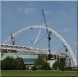 TQ1985 : Wembley Stadium Arch under construction by David Hawgood