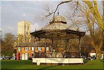 SZ1592 : Christchurch Priory church and Bandstand by Nigel Freeman