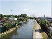 TQ2282 : Grand Union Canal from Scrubs lane, near Kensal Green by David Hawgood