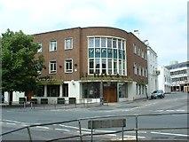 SU4212 : Varsity, Southampton by GaryReggae