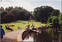 NS2209 : The Swan Pond, Culzean Castle by Kevin Rae