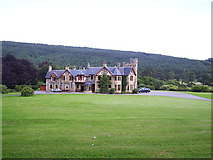 NH5292 : Gruinards Lodge by Kirsty Coghill