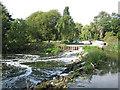 SP1652 : Luddington Weir by Dave Bushell