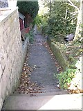 SE1321 : Footpath off Crowtrees Lane, Rastrick by Humphrey Bolton