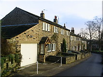 SE1614 : Weavers Cottages Lumb Lane Almondbury by Sue Trescott