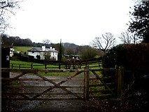SP9409 : Farmhouse, Wigginton Bottom by Rob Farrow