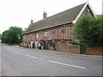 TM4599 : The Bell Inn, St Olaves by Roy Douglas