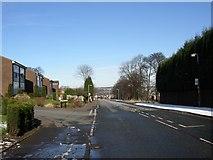 SE1321 : Field Top Road, Rastrick (SE136218) by Humphrey Bolton